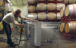 Ozone cart for disinfection, sterilize, sanitize, wash, rinse, barrels, winery, contact surfaces, Toucan